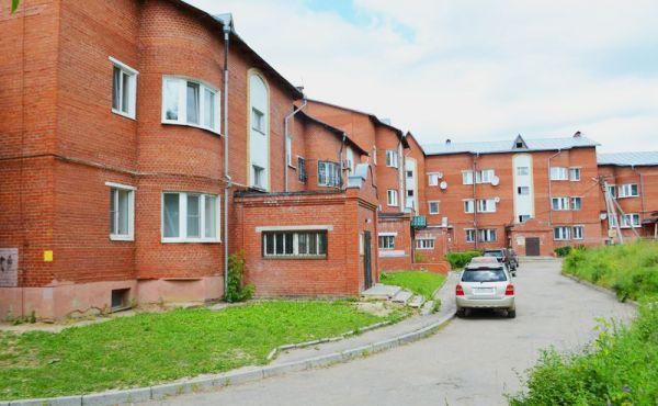 Просторная двухкомнатная квартира в современном жилом доме